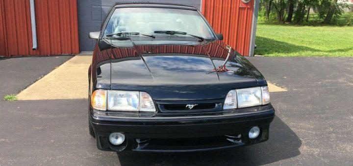 1993-Ford-Mustang-Cobra-005-720x340