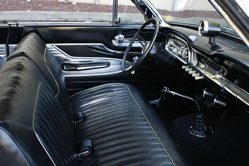 1963-Ford-Futura-004