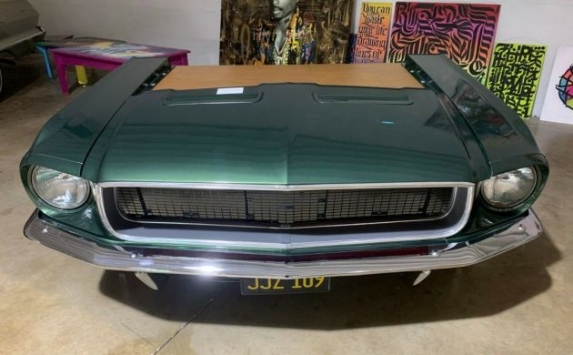 Mustang-Desk-630x390