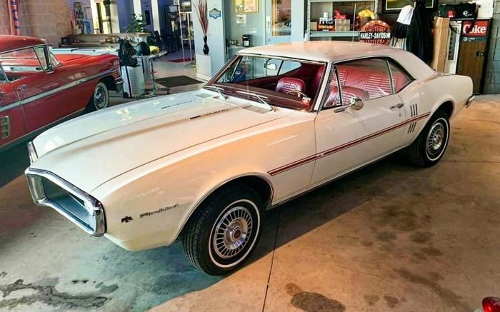 1967-Pontiac-Firebird-Sprint