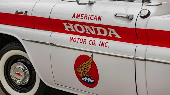 chevy-truck-restored-by-honda-2