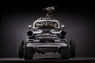 buick_1_front_on_2x