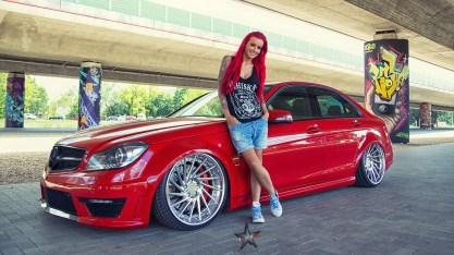 redhead-model-car-vehicle-Mercedes-Benz-red-cars-286591-wallhere.com