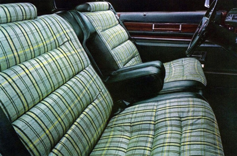 Car Upholstery Diamond Tuck And Roll