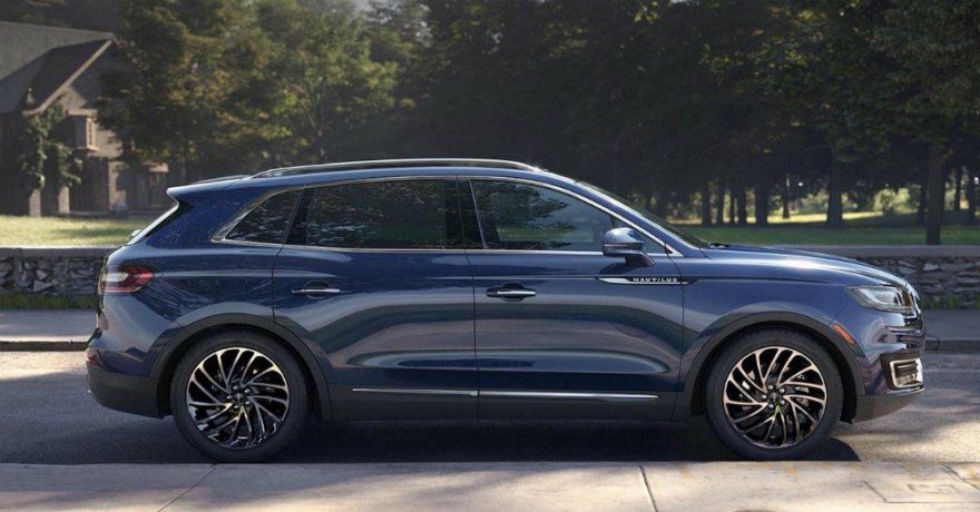 The 2019 Lincoln Nautilus And 2018 Cadillac Xt5 Compared