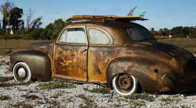 rebuilding salvage cars- wreck