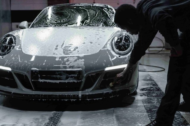 <span>4 Things To Remember For An Epic DIY Car Wash</span>