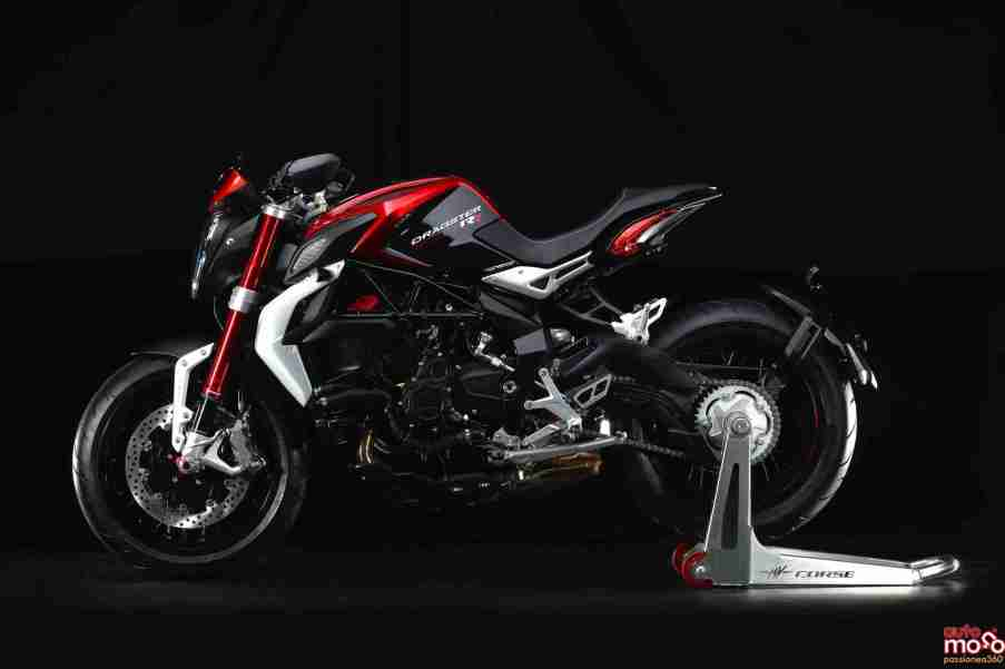 2MvAgusta B3 800 Dragster 2015-Automoto360.it