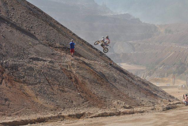 Enduro – motosport, mis nõuab kiiret reageerimist ja vastupidavust