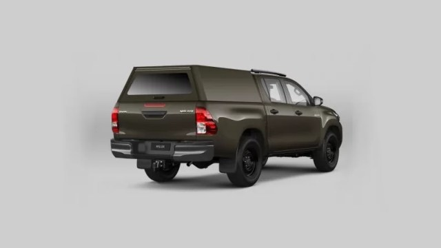 GLOMEX_Military_Supplies-Toyota_Hilux-armada_CR-2