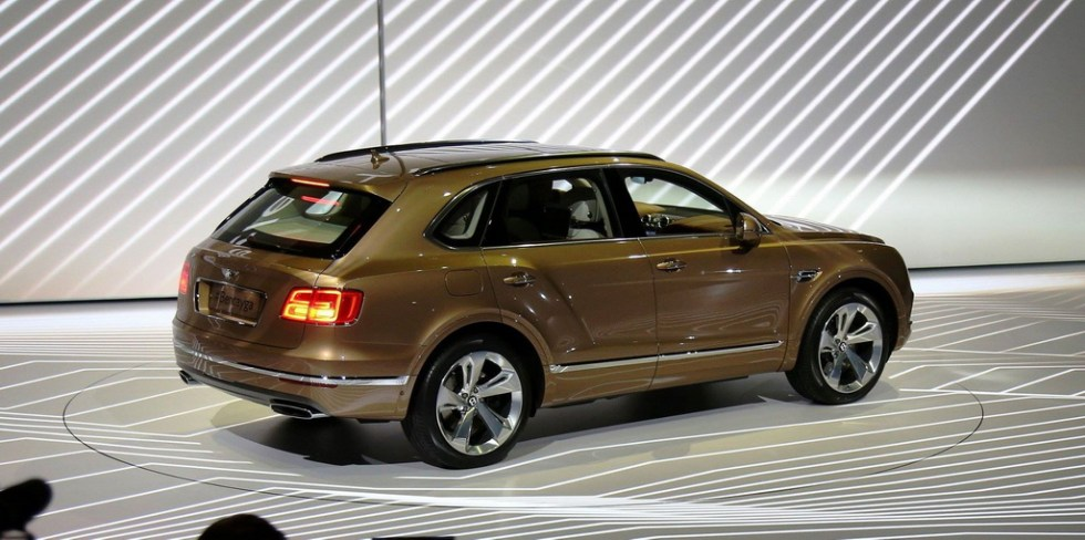 автосалон во Франкфурте 2015 : Bentley Bentayga