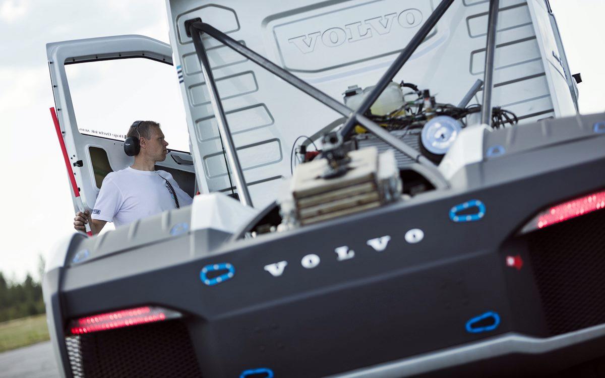 Volvo Iron Knight, el camión más rápido del mundo, está en Argentina