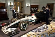 Photo of Mercedes mostró los colores de su Flecha de Plata para 2020