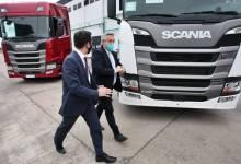 Photo of El Presidente de la Nación visitó la planta de Scania en Tucumán