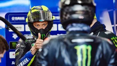 """Photo of Valentino Rossi: """"El santo de los motociclistas hoy hizo un gran trabajo"""""""