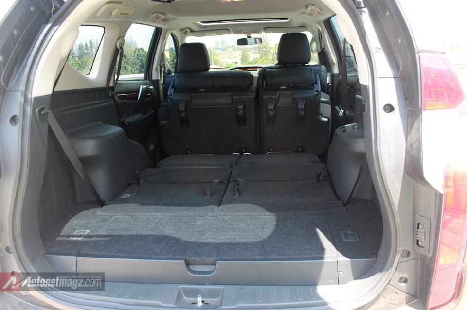 Ruang kabin interior Mitsubishi Pajero Sport baru 2016