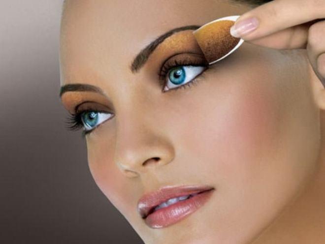 Maquiagem Macrilan