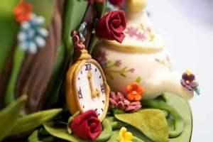 Dicas de bolos temáticos e decoração completa para festas