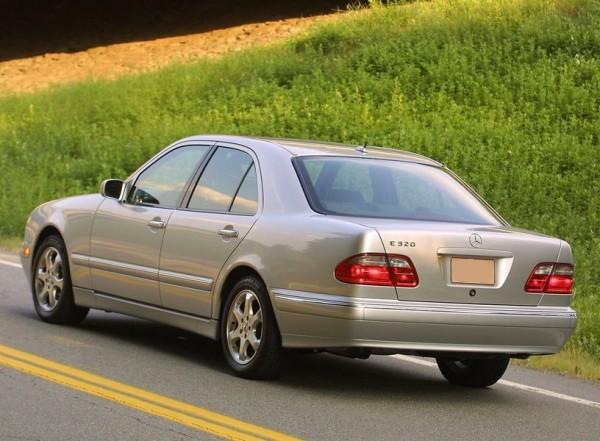Mercedes-E-klasa-W210-7-e1438374576568