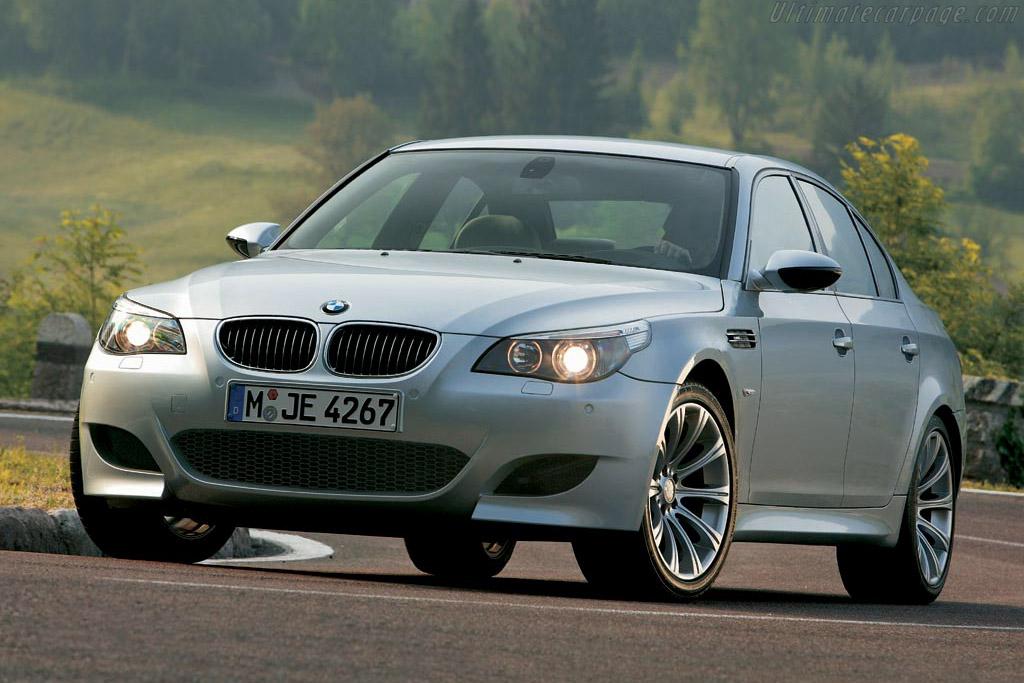 BMW-E60-M5-14657