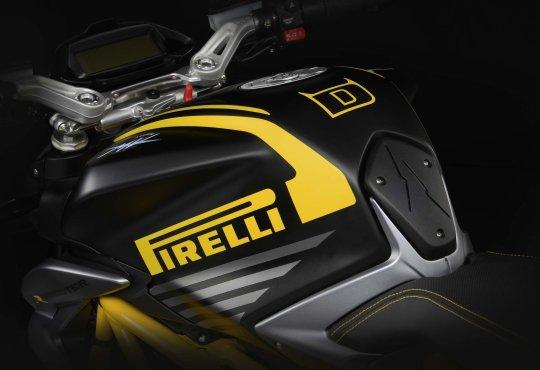 MV Agusta Dragster 800 RR Pirelli