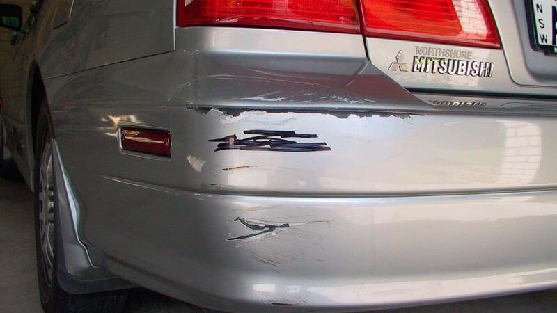 царапины на кузове авто