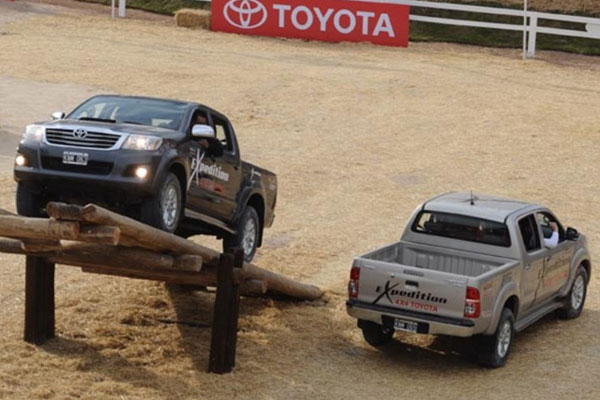 toyota hilux limited