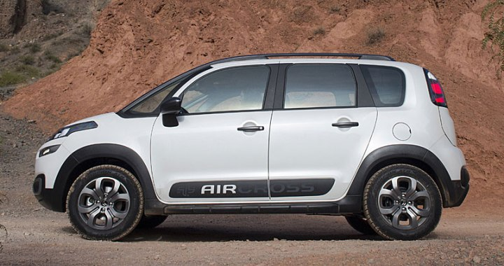 citroen c3 aircross lateral