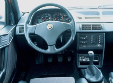 Alfa_Romeo-155-3