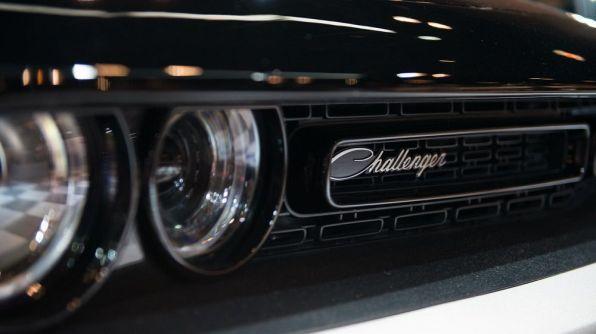 Mopar Dodge Challenger 5