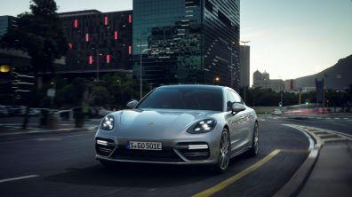 Porsche Panamera Turbo S E Hybrid 1