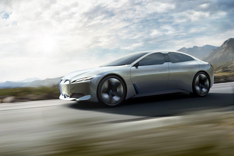 BMW i4 stiže do 2025.