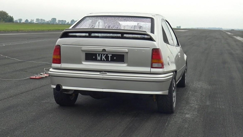 Ovaj Opel Kadett ispaljuje nevjerojatnih 1250 KS