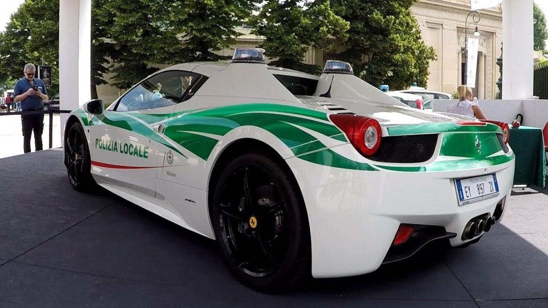 Mafijaški Ferrari 458 Spider pretvoren u policijsko vozilo
