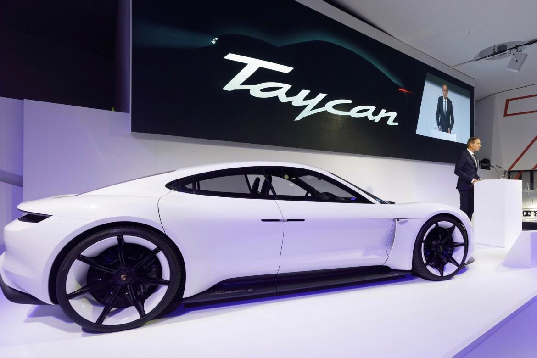 Porsche Taycan koštat će 80.000 eura, manje od Panamere