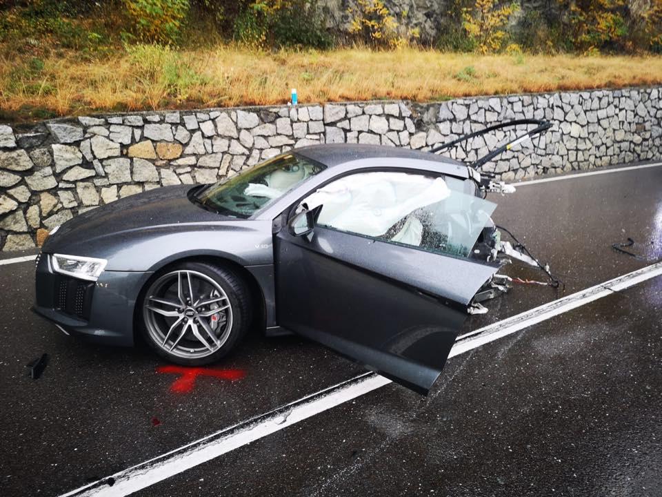 U sudaru prepolovio Audi R8, a ostao neozlijeđen