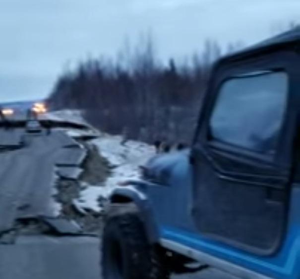 Ovaj Jeep CJ7 se ne boji niti snažnog potresa