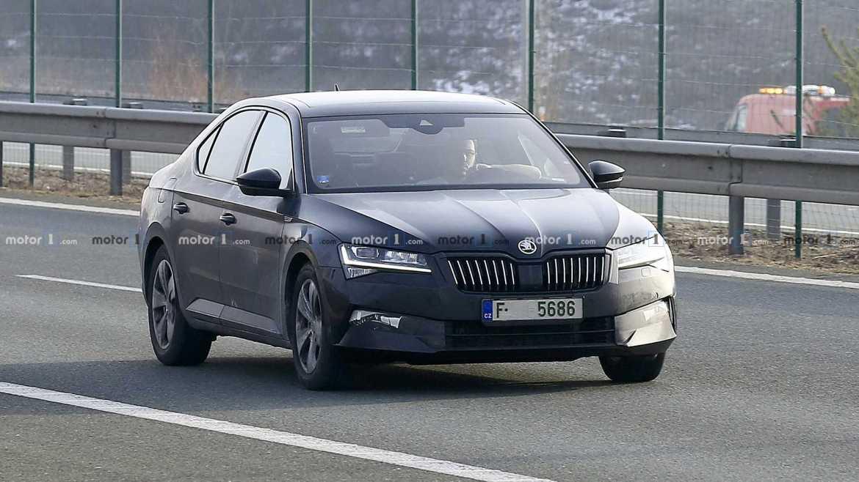 Ovo je nova Škoda Superb koja će se predstaviti u Ženevi