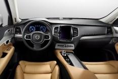 Volvo_XC90_9