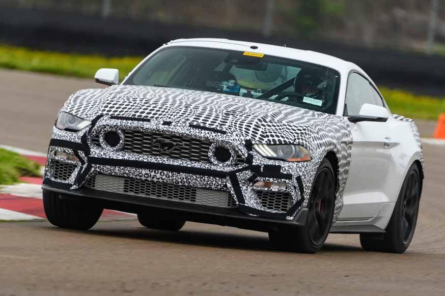 Пробуждение в семействе Mustang: Ford готовит Mustang Mach 1 с 5,0-литровым двигателем V8