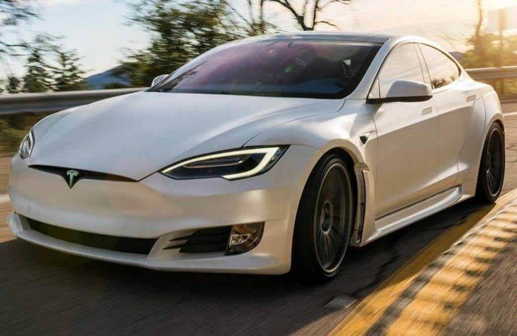 400-мильный модель Тесла S - тонкий обновление, но он посылает холод через конкурирующих брендов