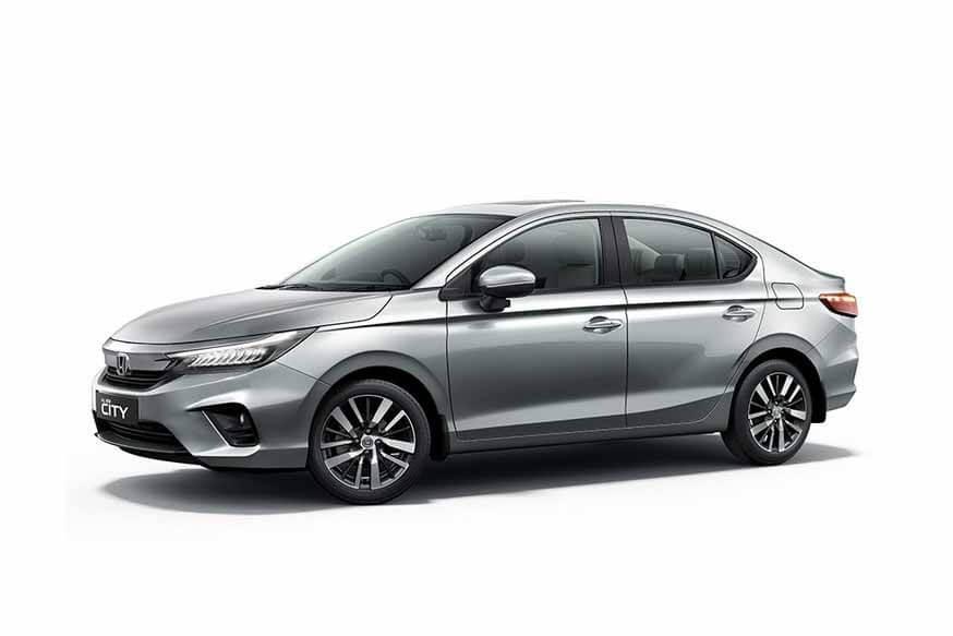 Конкурент Honda Solaris: два поколения в продаже, но теперь только новый седан имеет дизель