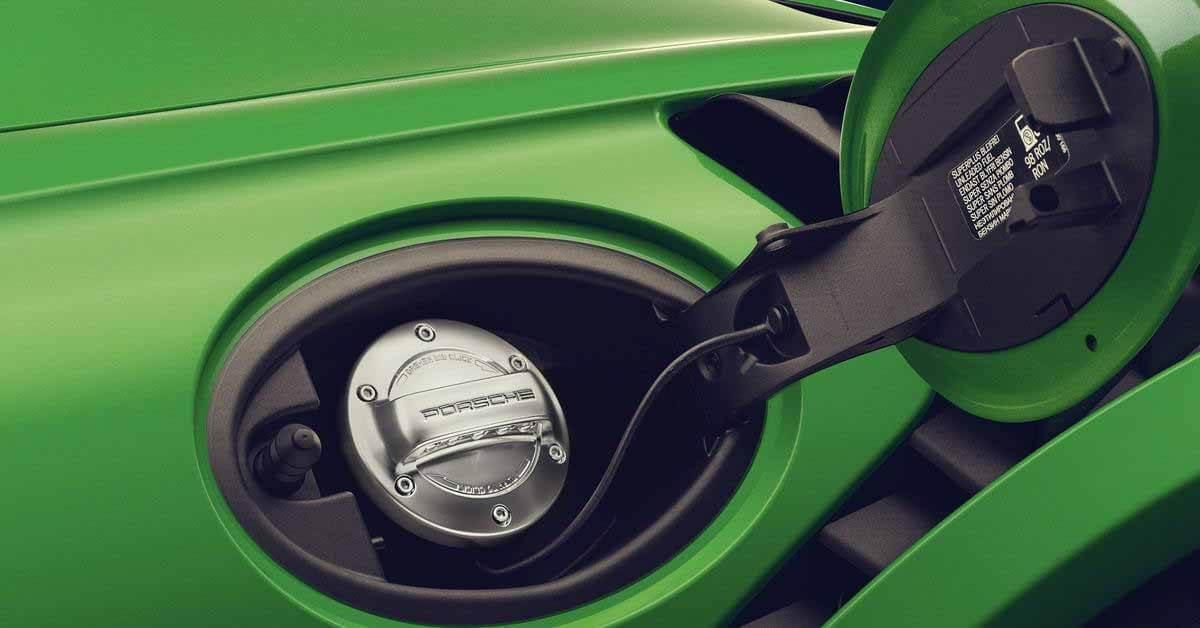 Porsche строит завод по производству синтетического топлива - Motor
