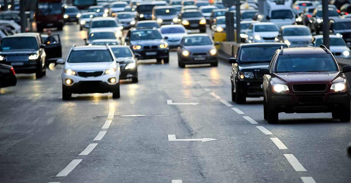 В России появится новый запрещающий дорожный знак - Мотор