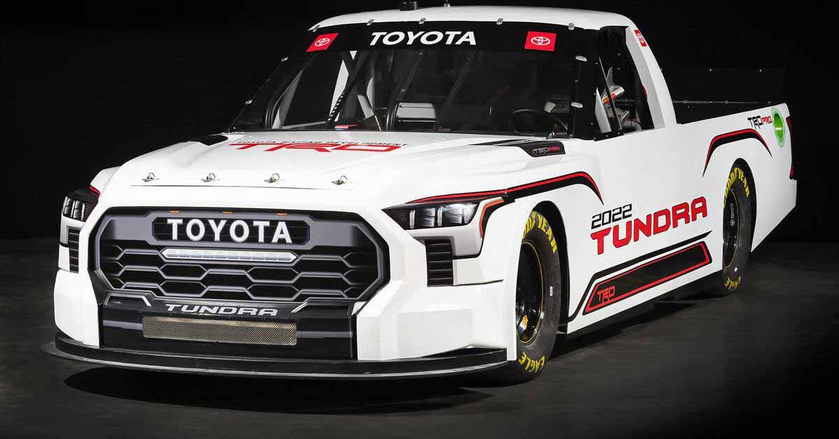 Новую Toyota Tundra превратили в гоночную машину - Motor