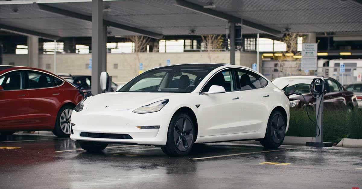 Tesla соглашается на неразглашение информации от бета-тестеров автопилота - Motor