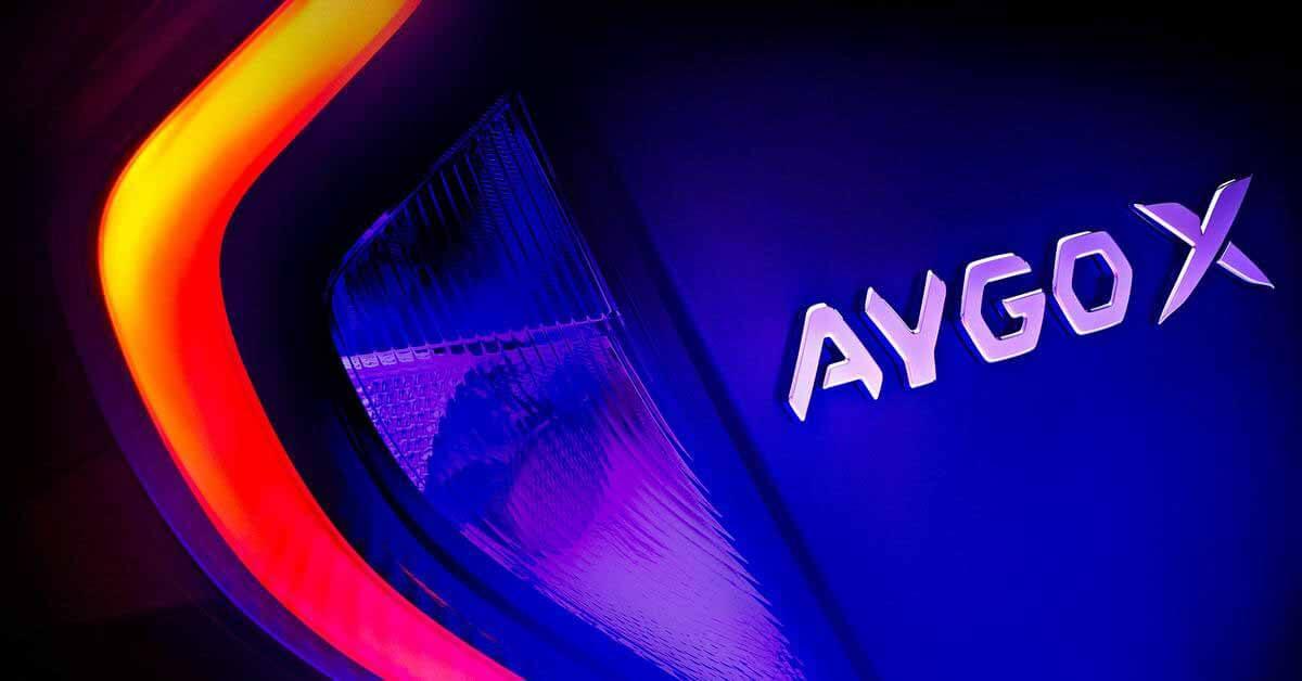 Toyota готовит новый недорогой кроссовер Aygo X: первый тизер - Motor