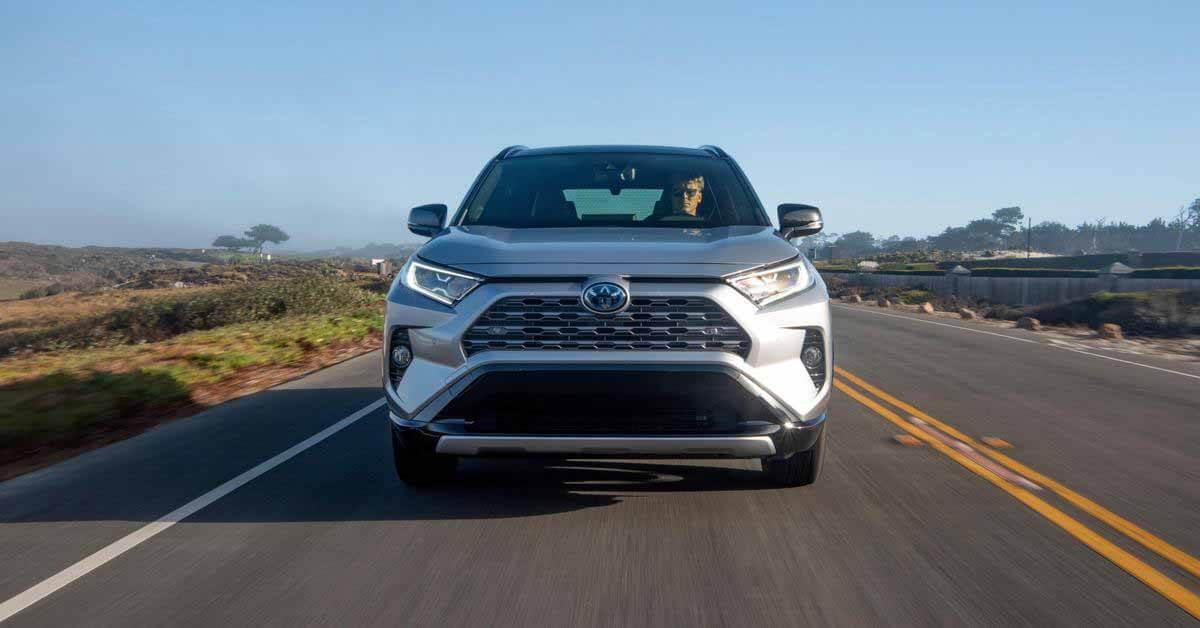 Toyota превосходит GM по продажам в США - Motor