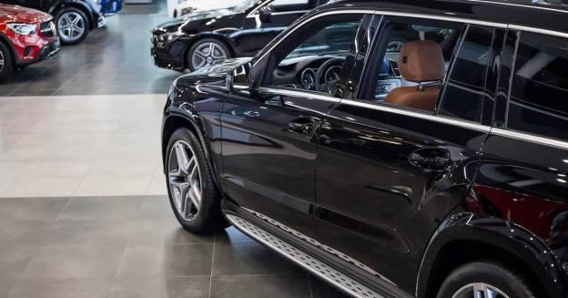 Эксперты прогнозируют падение продаж автомобилей в России в 2021 году - Мотор