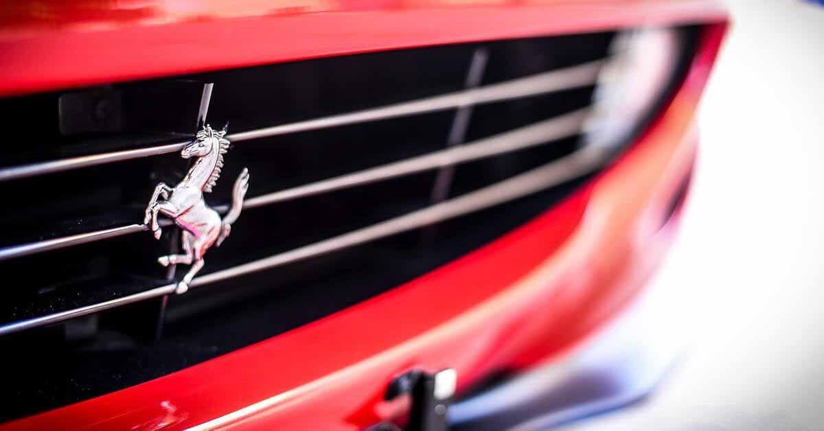 Стала известна дата премьеры нового гиперкара Ferrari линейки Icona - Motor